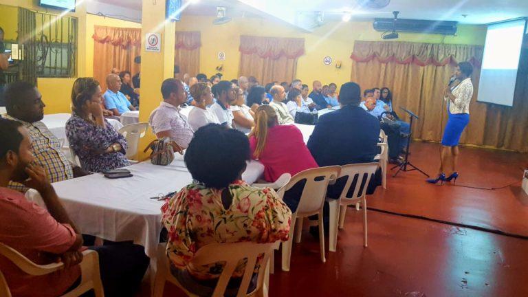 Ministerio Evangelístico  Edifiquemos Juntos capacita parejas en manejo de conflictos