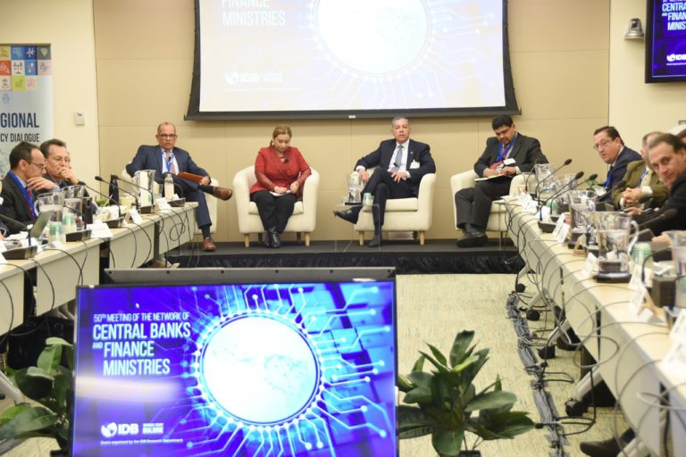 Ministerios de Finanzas de Latinoamérica valoran   desempeño económico de RD