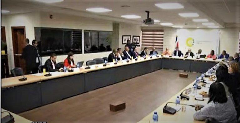 Diálogo del Centro Económico y Social (CES) propone rotación mandos de Policía Militar Electoral